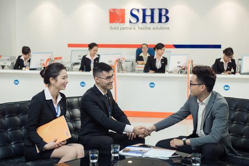 Chủ tịch Đỗ Quang Hiển luôn đề cao vai trò của đội ngũ nhân sự, coi việc phát triển đội ngũ CBNV là yếu tố quan trọng trong thành công của SHB.
