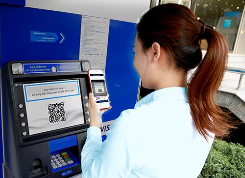 Thông tin chi tiết, khách hàng vui lòng liên hệ:      Hotline 1900 5555 88 hoặc 028 3526 6060;     Email: ask@sacombank.com;     Website: www.sacombank.com.vn, khuyenmai.sacombank.com.