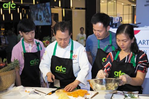 Trải nghiệm ngày hội ẩm thực châu Á cùng Martin Yan  - 3