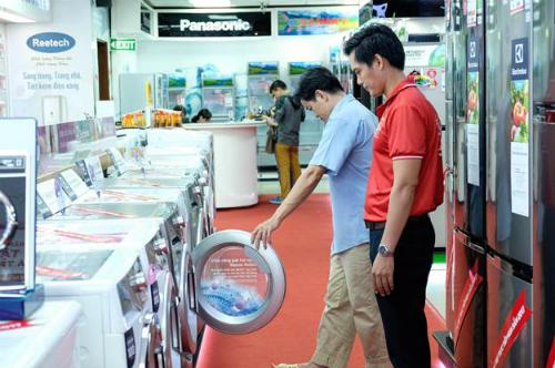 Tủ lạnh side by side, máy giặt cửa ngang đang được ưu đãi lớn tại Nguyễn Kim.