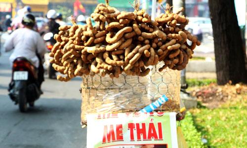 Me gắn mác Thái bán đầy đường TP HCM. Ảnh: Thi Hà