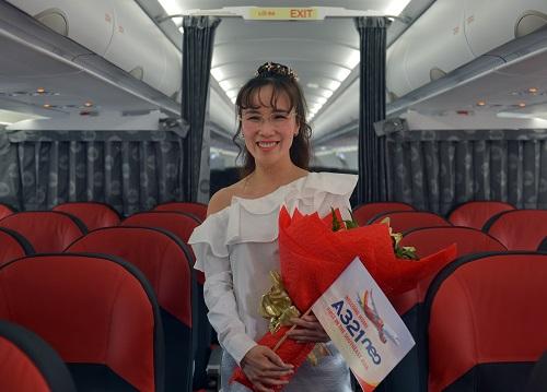 CEO Vietjet bên trong tàu bay A321neo đầu tiên của Đông Nam Á.