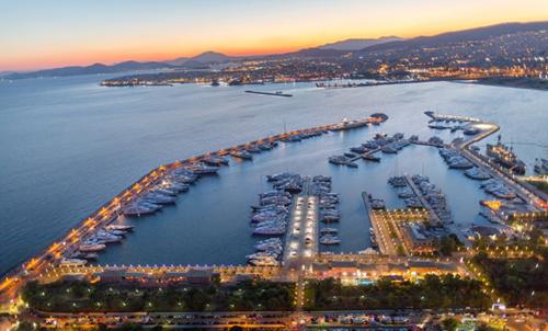 Cảng Athens nằm ở vị trí cửa ngõ vào Châu Âu.