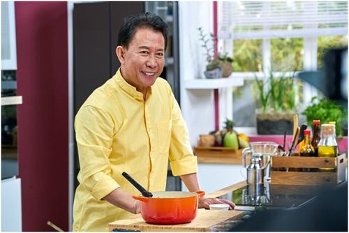 Ngày hội có sự tham dự của bếp trưởng đại tài Yan Can Cook.
