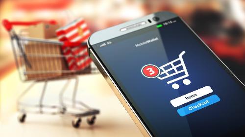 Mua sắm online qua mobile ngày càng phát triển mạnh mẽ.