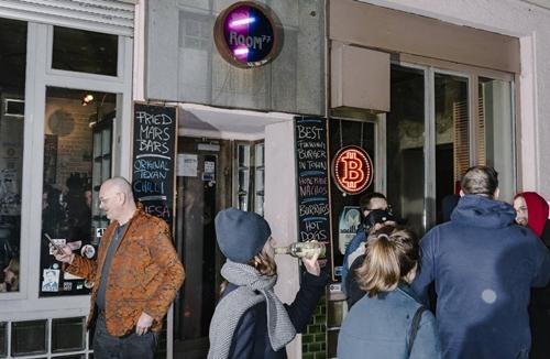 Người Đức chê tiền mặt nhưng thích Bitcoin