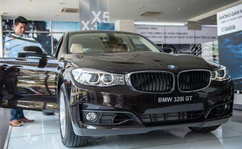 Tổng cục trưởng Hải Quan cho biết số lợi bất chính trong vụ buôn lậu của nhà nhập khẩu BMW được chuyển ra nước ngoài.