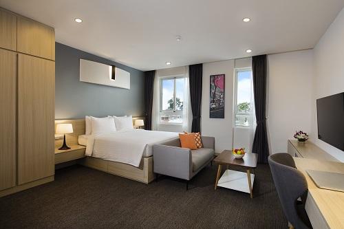Nội thất trong căn hộ có thể thiết kế đơn giản, không chiếm quá nhiều không gian. Thông tin chi tiết: Website. Hotline:(+84)2839296926. Ảnh: Oakwood Asia Pacific