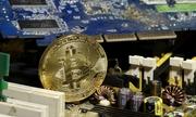 Bitcoin mất gần 2.000 USD vì Hàn Quốc có thể cấm giao dịch