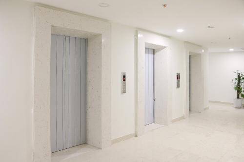Các chuyên gia bất động sản cũng cho rằng, sự kiện Valencia Garden bàn giao những căn hộ đầu tiên vào thời điểm này sẽ tác động tới thị trường bất động sản Long Biên. Sự kiện đã đánh trúng tâm lý khách hàng muốn mua nhà hoàn thiện, có thể dọn về đón Tết.