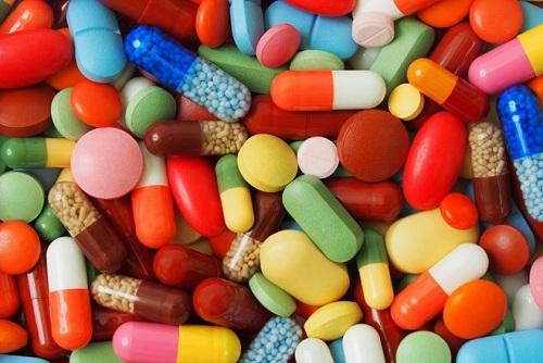 Nhập khẩu dược phẩm liên tục tăng mạnh do Việt Nam chưa đủ tiềm lực tự phát minh thuốc mới.