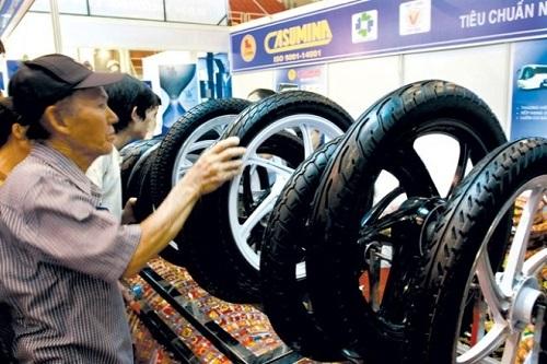 Vị trí dẫn đầu ngành săm lốp của Casumina đang bị lung lay.