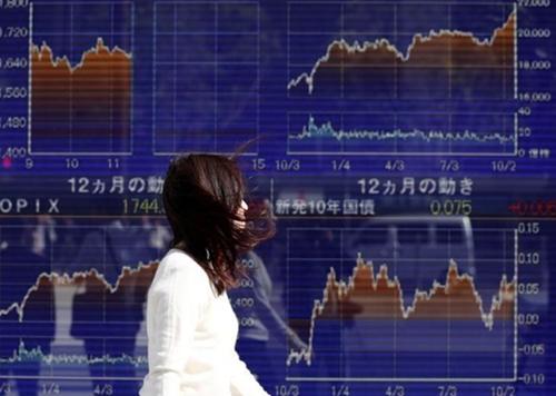 Nhiều thị trường lớn của châu Á sáng nay đi xuống. Ảnh: Reuters