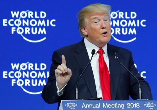 Tổng thống Mỹ - Donald Trump phát biểu tại Davos. Ảnh: Reuters