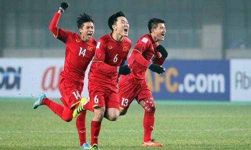 Theo thống kê, số tiền thưởng từ các Bộ, ban, ngành và doanh nghiệp, cá nhân cho đội tuyển U23 Việt Nam đã vượt xa con số 20 tỷ đồng. Ảnh: Anh Khoa
