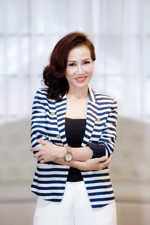 Từ giáo viên thể dục trở thành nữ quản lý ngành y - 2