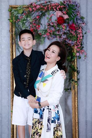 Chị Nguyễn Thanh Phương và con trai Gia Huy.