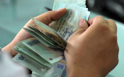 Các doanh nghiệp bất động sản đua công bố mức thưởng Tết tiền tỷ. Ảnh: Anh Quân