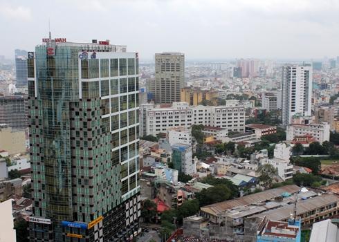Các cao ốc phòng cho thuê hạng A tại TP HCM được dự báo có thể tăng giá 20% trong năm 2018. Ảnh: Vũ Lê