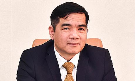 Ông Hoàng Anh Tuấn - Giám đốc Trung tâm xử lý tiền mặt của Vietcombank chia sẻ kinh nghiệm rút tiền an toàn tại các cây ATM. Chi tiết liên hệ hotline 1900545413.