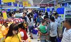 Co.opmart Hồng Ngự đông khách nhờ giảm giá nhiều mặt hàng