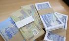 Sát Tết, phí đổi tiền lẻ 'chợ đen' lại tăng