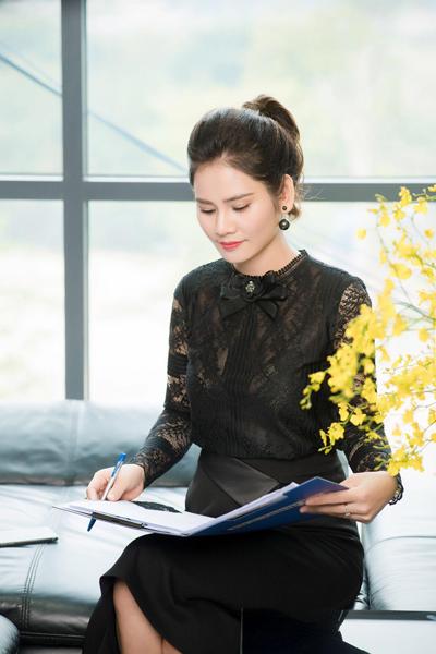 Nữ giám đốc 8x được ví như con ong chăm chỉ khi đưa Sohee từ một thương hiệu mới trở nên quen thuộc với hàng trăm nghìn khách hàng chỉ trong 4 năm hoạt động.