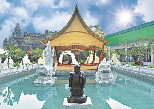 Công trình Thủy Tụ Song Long Ngọc Bảo Thần Daikokuten được xây dựng theo thần thoại Việt  Nhật với điển tích thần Daikokuten, cá thần Shachi và cá chép hóa rồng, mang đến sự giàu sang, sung túc.