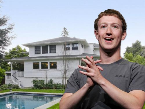Mark Zuckerberg, Nhà sáng lập kiêmCEOFacebook hiện đang sống tạiPalo Alto, California.