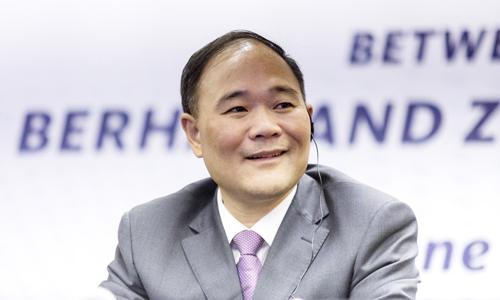 Ông Li Shufu hiện sở hữu khối tài sản trị giá 16,6 tỷ USD, theo Forbes. Ảnh: Bloomberg