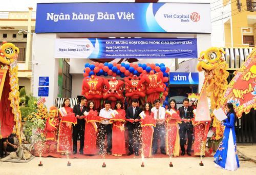Lễ khai trương phòng giao dịch Phú Mỹ tại An Giang. Ảnh: Ngân hàng Bản Việt.