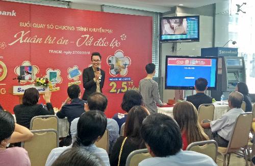 Toàn cảnh buổi quay số trúng thưởng Sacombank tổ chức ngày 27/2. Ảnh: Sacombank.