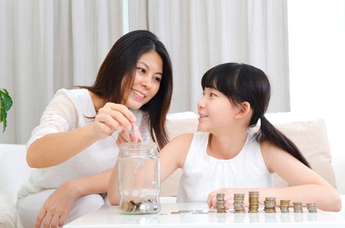 Với sổ tiết kiệm gửi góp Măng Non, các bé sẽ được trực tiếp đứng tên mình trên sổ.