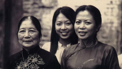 Ba thế hệ của Tân Mỹ Design.