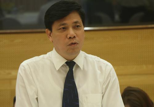 Thứ trưởng Bộ Giao thông vận tải Nguyễn Ngọc Đông cho biết, cơ quan này gặp 2 vướng mắc trong quá trình thực hiện chỉ đạo của Thủ tướng chứ không phải không làm. Ảnh: Võ Hải