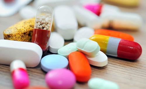 Các doanh nghiệp ngoại cho rằng quy định mới về quản lý thuốc đang gây khó khăn không cần thiết, chưa phù hợp với các cam kết quốc tế.