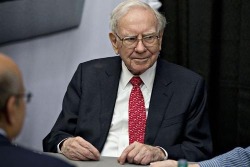 Warren Buffett hiện là người giàu thứ 3 thế giới. Ảnh: Bloomberg