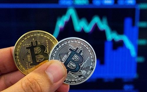 Bitcoin đang bị bỏ rơi khi khối lượng giao dịch bình quân mỗi ngày đã sụt giảm chỉ còn một nửa so với mức đỉnh cuối năm 2017.
