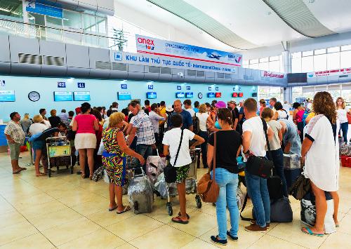 Theo thống kê của Sở Du lịch tỉnh Khánh Hòa, năm 2017 ngành du lịch tỉnh đã đón gần 5,5 triệu lượt khách, trong đó khách quốc tế đạt hơn 2 triệu lượt, tăng 69% so với năm trước.