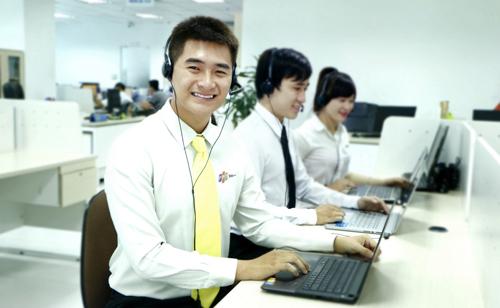 Dịch vụ giao hàng nhanh miễn phí tận nơi trong vòng một giờ đồng hồ của FPT Shop rất tiện lợi và tiết kiệm thời gian.