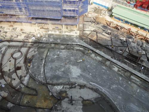 Khu vực hồ bơi đang dần hoàn thiện. Tổng quan khu tiện ích dự án Jamila. Thông tin chi tiết xem tại website: www.jamila.com.vn; hotline 0937 83 30 83, 0938 779 660, 0939 00 1357, 0908 622 177