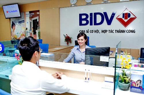 Nhiều ưu đãi cho khách hàng mua và chuyển tiền ngoại tệ qua BIDV