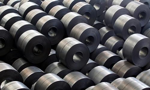 Thép nhập khẩu vào Mỹ sắp bị áp thuế 25%. Ảnh: Reuters