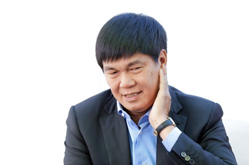 Theo Forbes, ông Trần Đình Long sở hữu1,3 tỷ USD, xếp hạng 1.756 thế giới nhưng ôngvà gia đình đều không quan tâm những con số này. Ảnh: Anh Tú.