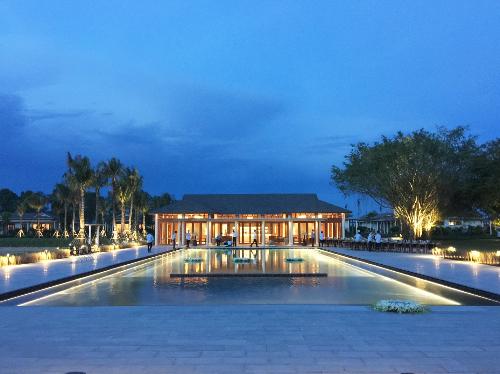 Khu nghỉ dưỡng sinh thái cao cấpNova Phù Sa -Azerai Resorttại TP Cần Thơ được Tạp chí New York Times (Mỹ) đưa vào danh sách 14 khách sạn mới mở trên thế giới nên trải nghiệm trong năm 2018.