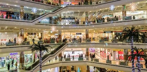 Trung tâm thương mại mua sắm sầm uất là một trong 30 tiện ích của dự án khu đô thị Vương Long. Hotline: 0988.81.81.88.  Website: http://dackhukinhtevandon.com.vn/