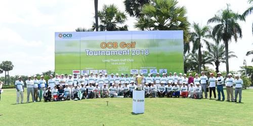 150 golf thủ tham gia