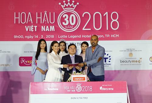 2018 là năm thứ tư liên tiếp Vietjet đảm nhận vai trò vận chuyển hàng không cho cuộc thi Hoa hậu Việt Nam.