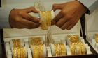 Giá vàng thế giới đi xuống đầu tuần
