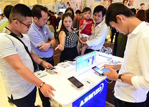 1.400 đại lý tham gia hội nghị bán hàng của Asanzo tại TP HCM.